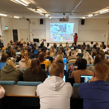 Studiested Drammen: Først i landet med å involvere lærerstudenter i «Kodetimen»