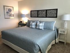 432 bedroom.webp