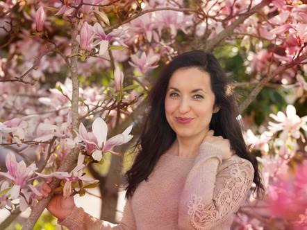 Séance photo à Amboise sous des beaux magnolias