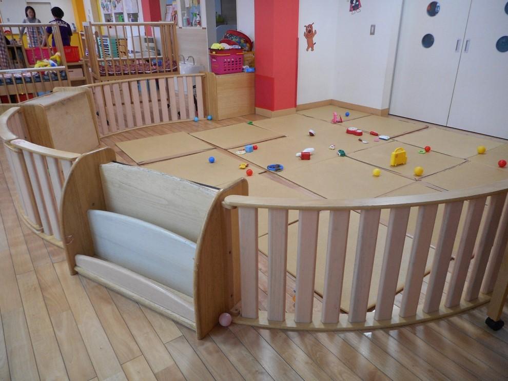 乳児室サークル