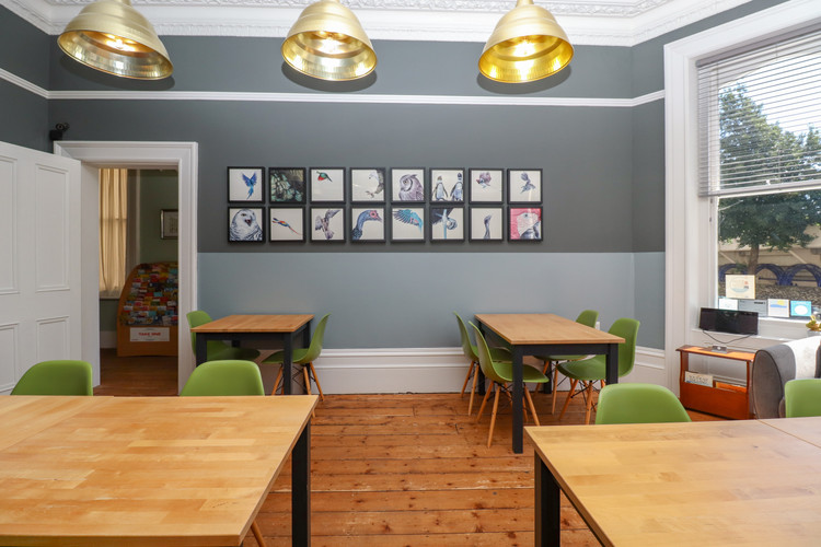 Breakfast room from fireplace.jpg