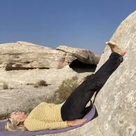 Outdoor Yoga: Rock poses