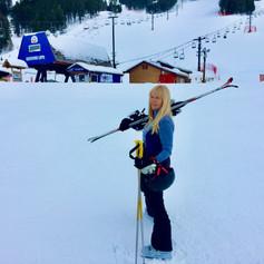 Traveling Yoga Teacher: Ski day