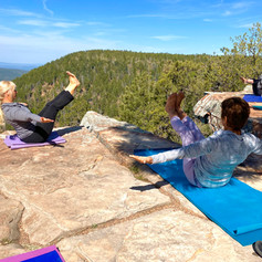 Traveling Yoga Teacher: Yoga on the Mollogon Rim