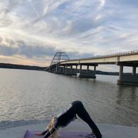 Outdoor Yoga: Lakes