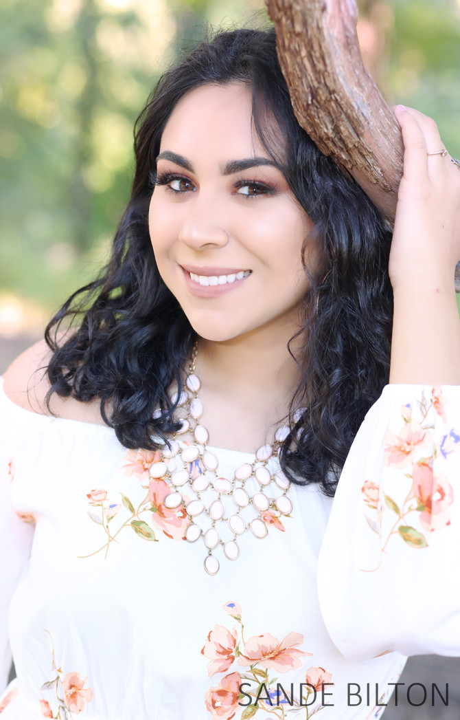 BLOOMINGTON H.S. SENIOR | ESPERANSA