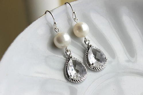 laalee Freshwater Pearl Crystal Earrings