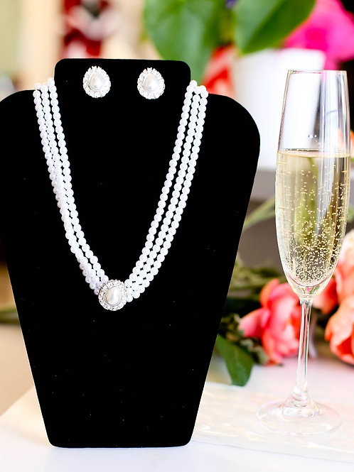 Eleanor Pearl & Crystal Necklace Set