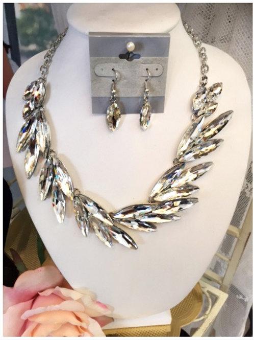 Rossela Necklace & Earring Set