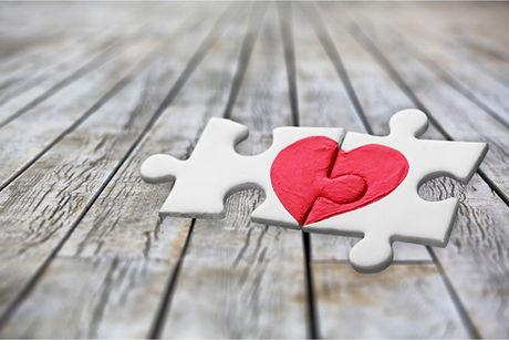 AdobeStock_205291718-Amor.jpeg