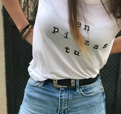 Camiseta en piezas tú