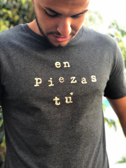 Camiseta chico en piezas tú