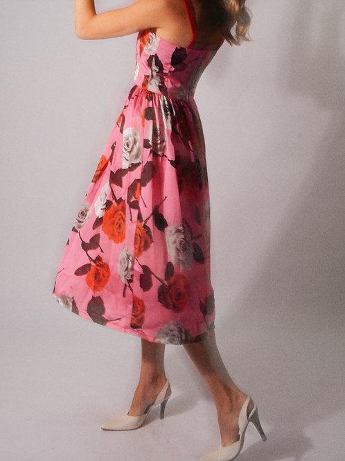 Daisy Floral Midi Dress 𝑙𝑖𝑚𝑖𝑡𝑎𝑑𝑜