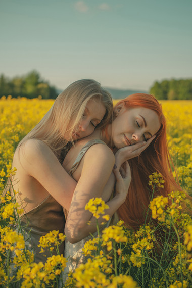 Asia i Oliwia 7 male (6).jpg