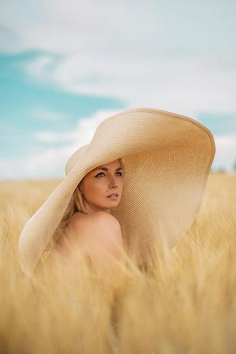 mocno fotografia kapelusz (1).jpg