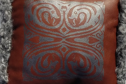 Silver Dragon`s Pillow - Gotland Sheepskin x Leather