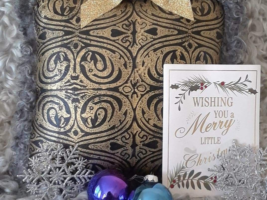 Shop Christmas gifts!