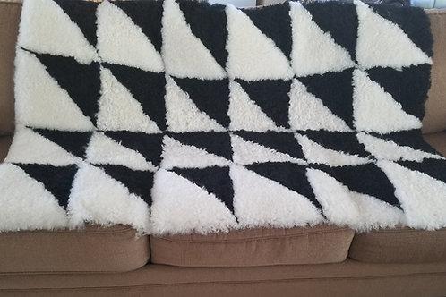 Sheepskin Blanket Black & White