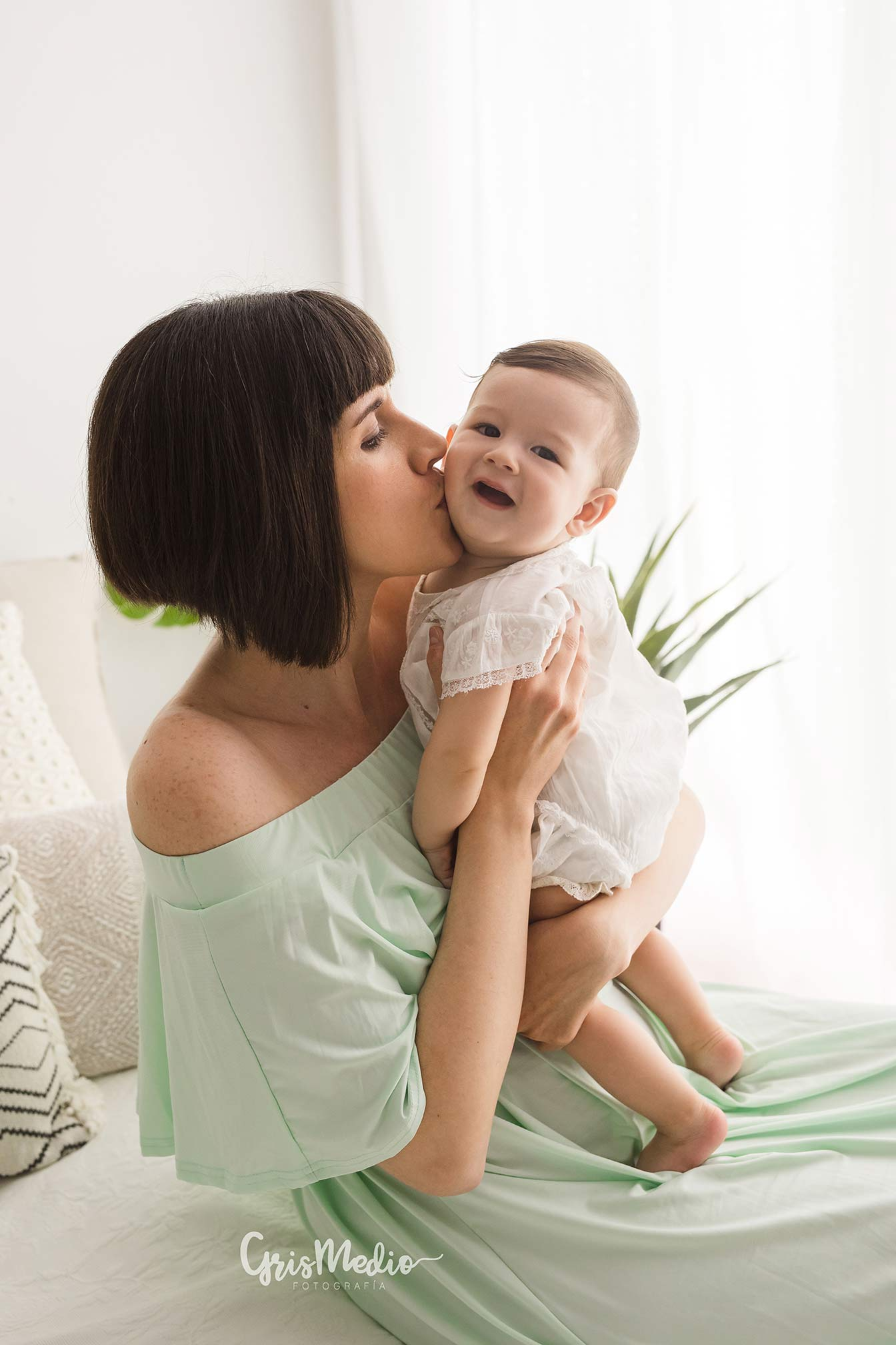 fotografia-familia-infantil-zaragoza-grismedio-bebe-lactancia6