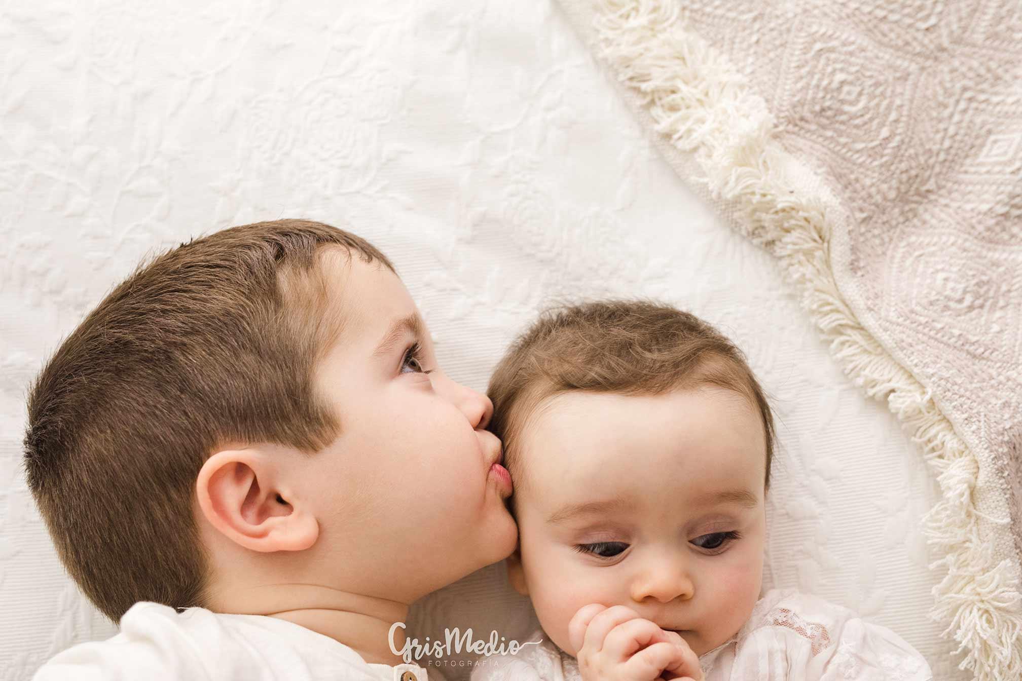 fotografia-familia-infantil-zaragoza-grismedio-bebe-lactancia28
