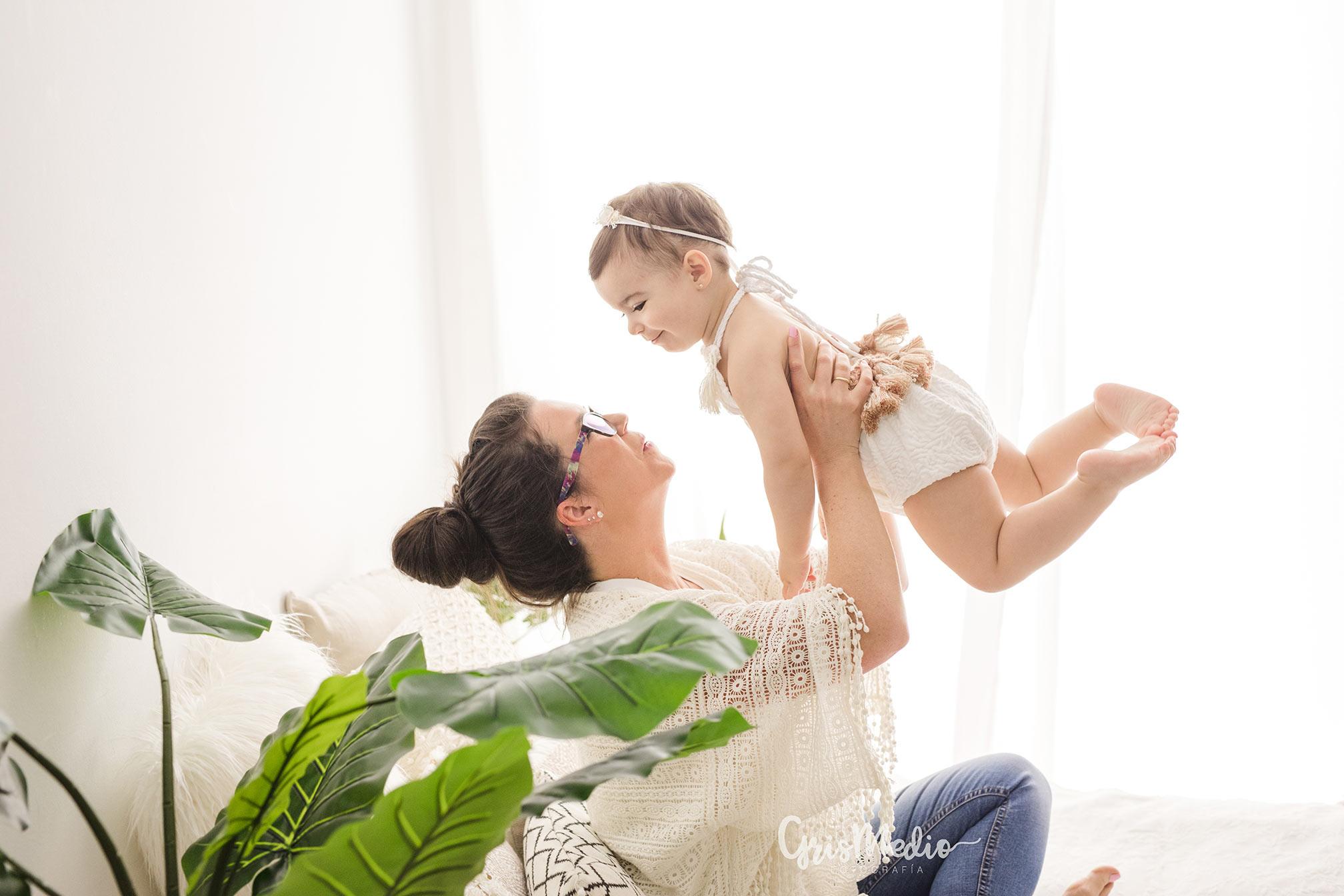 fotografia-familia-infantil-zaragoza-grismedio-bebe-lactancia26