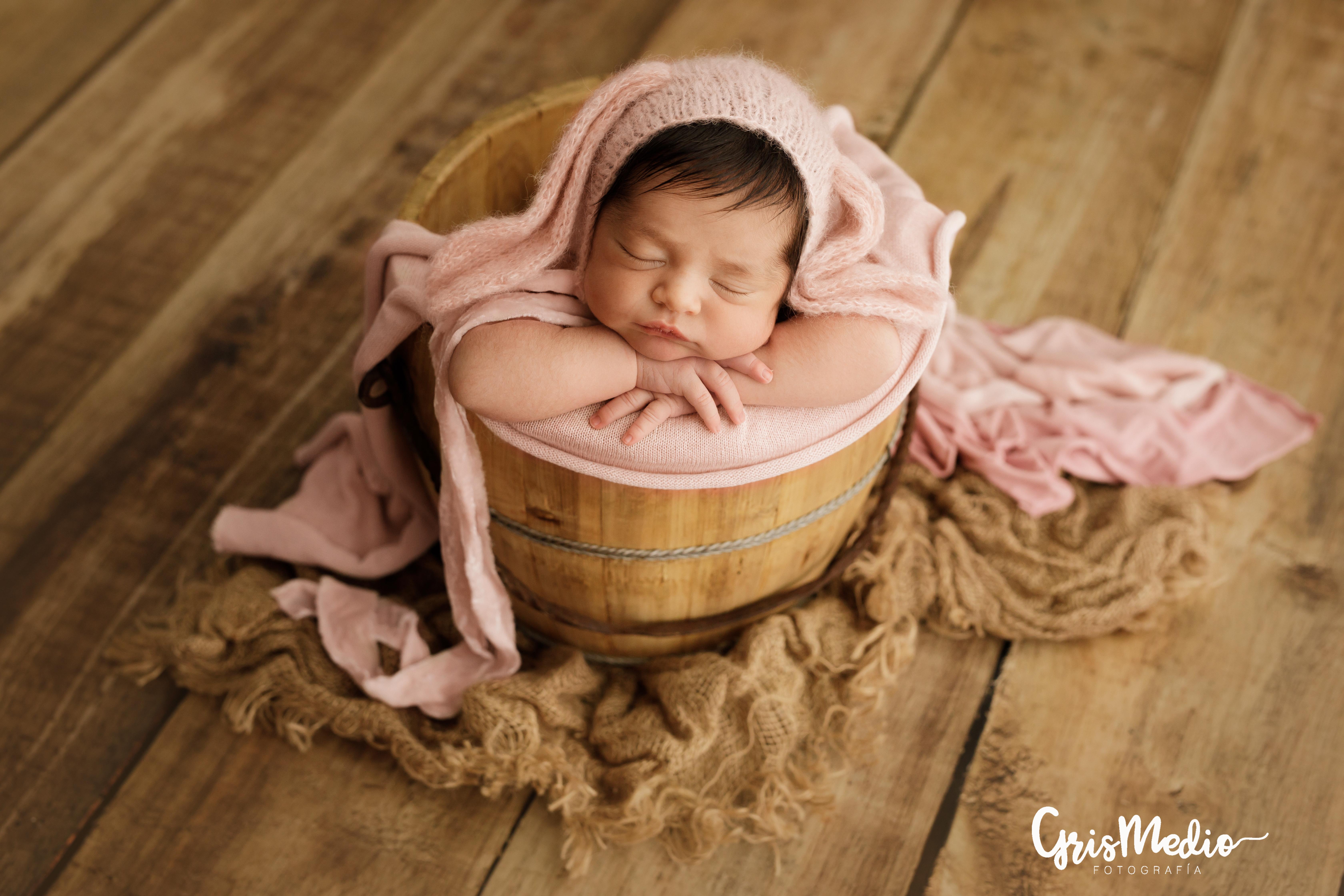 GrisMedio_Fotografía-_newborn-zaragoza-r4