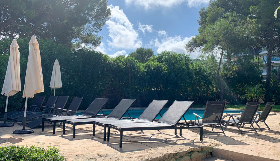 Can Cesar: a beautiful Yoga retreat venue and holiday seaside villa, offering the beauty and peace of its extraordinary location, and the convenience of its proximity to the beaches and town of Santa Eulalia, on the east coast of Ibiza.