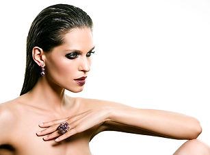 8 dramatic gothic beauty makeup.jpg