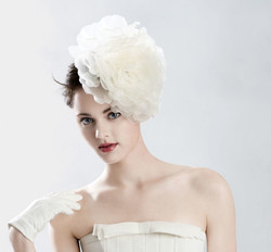 pretty bridal look with head piece
