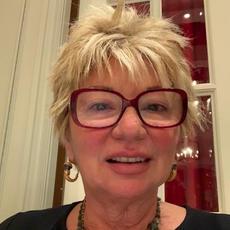 Anne Carlucci