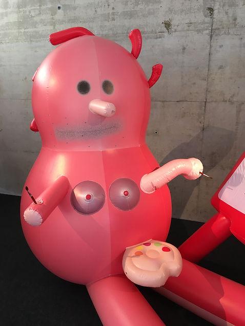 IMG_9361.jpg daniel von bothmer skulptur mit rot mal ich den tod