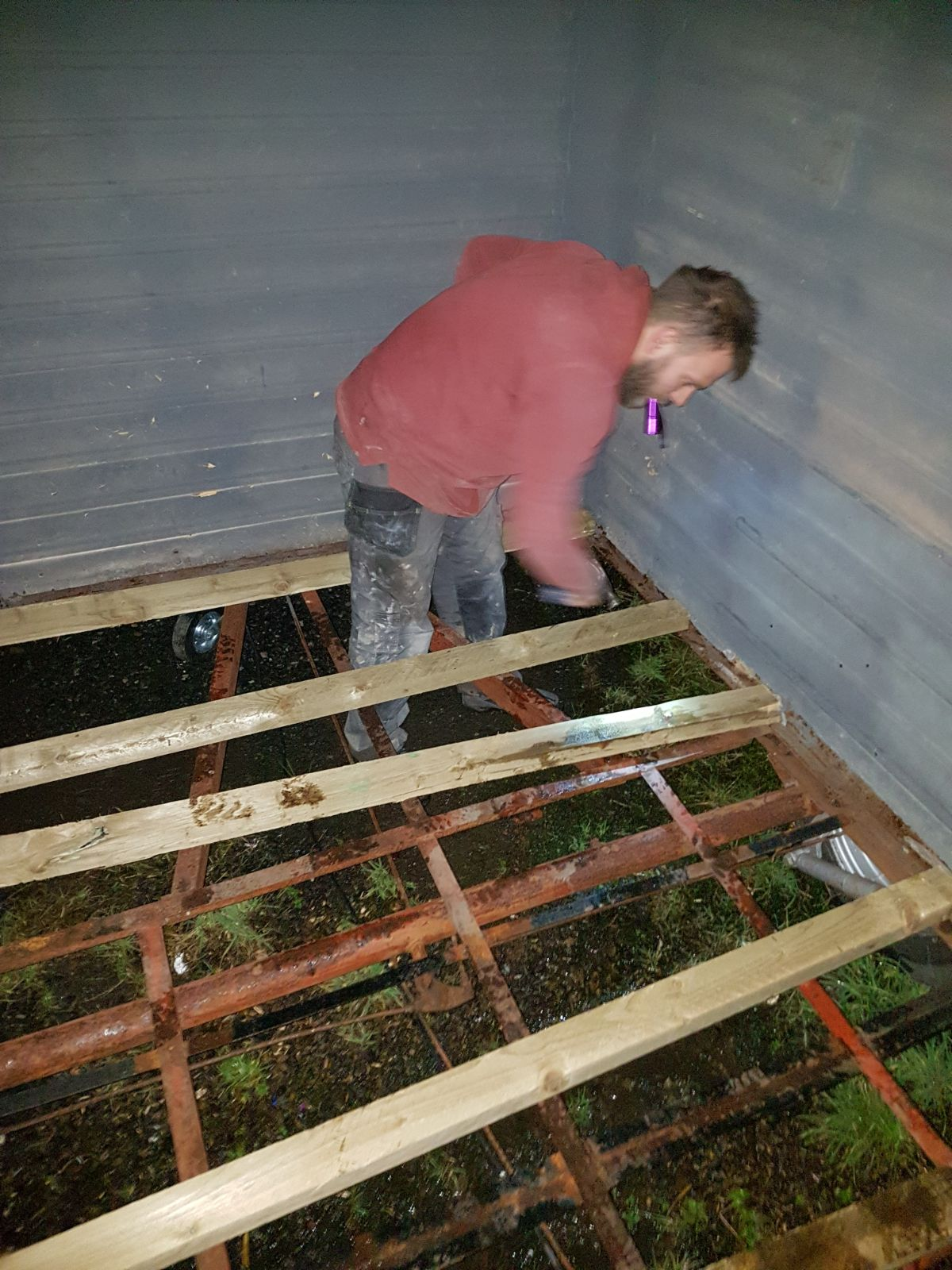 Ginception Build: Fixing the joists