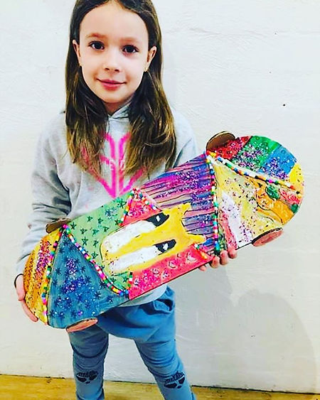 WOW! This cardboard skateboard is so coo