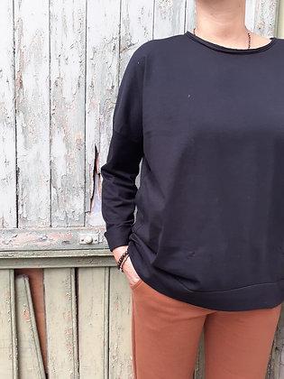 T-shirt ovetto nera