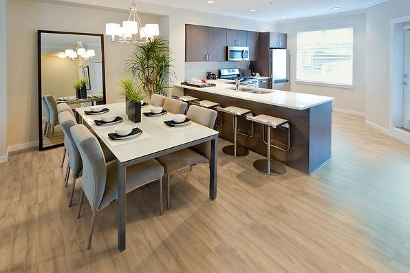 Natural Silk  Natural Oak laminate floor