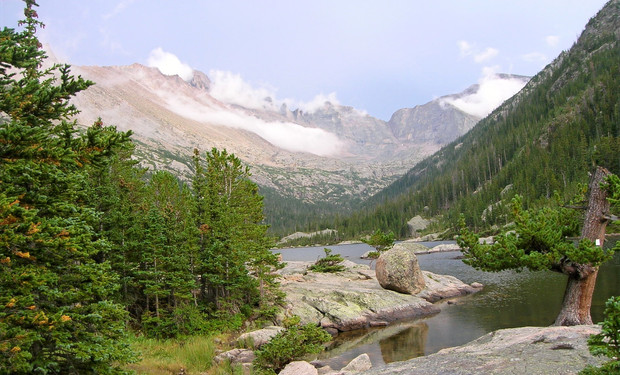 Climbing & Mountaineering Trips in Rocky Mountain National Park