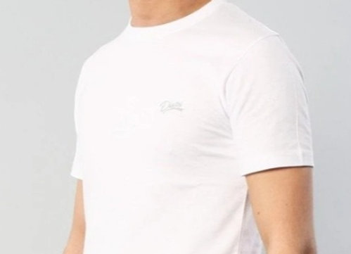 WHITE SCOTT ROUND NECK TEE