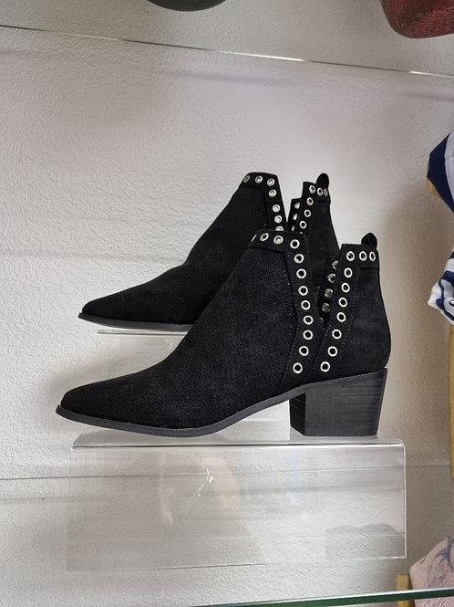The Vegas Short Ankle Boots - Black