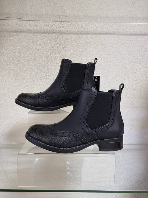 The Boston Brogue Ankle Boots - Black