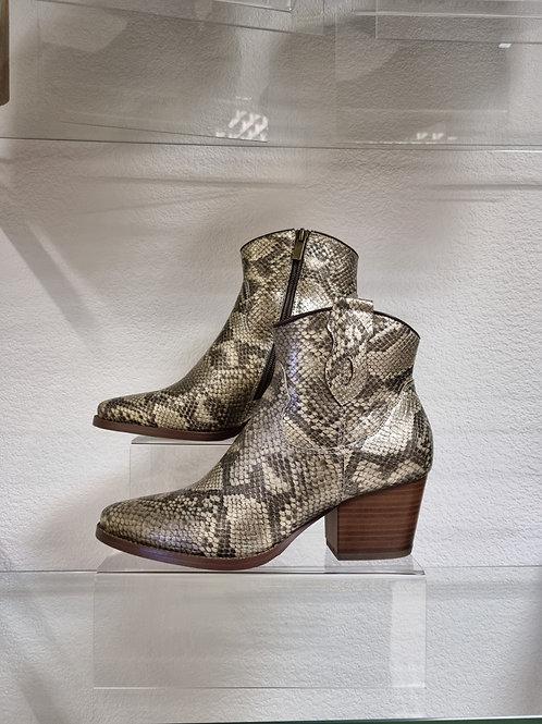 The Arizona Cowboy Boots