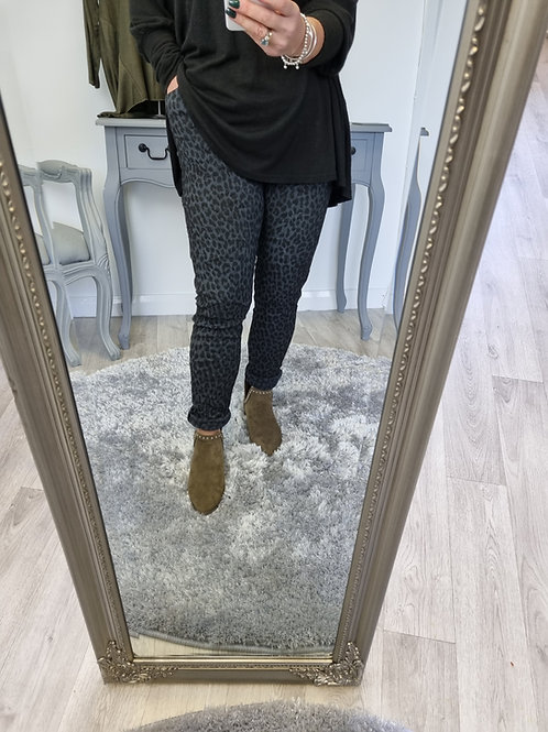 The Leopard MagicTrousers