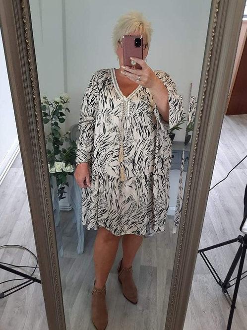 The Hannah Tierd Dress - Plus Size