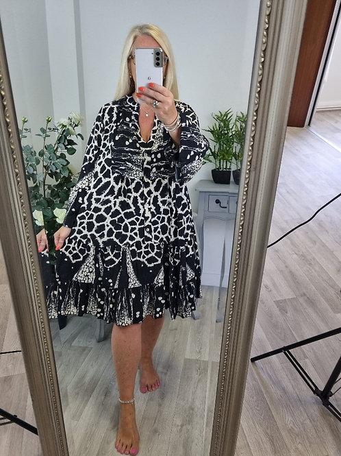 The Giraffe Tierd Dress