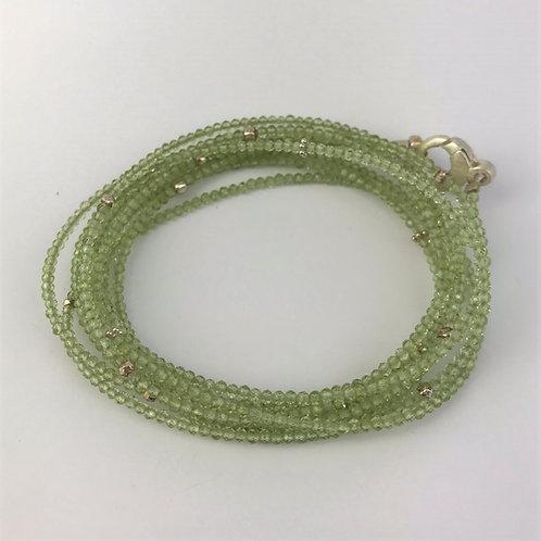 Lange Kette aus Jade mit Silber 925
