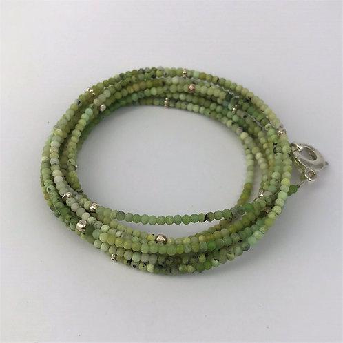 Lange Kette aus Serpentin mit Silber 925