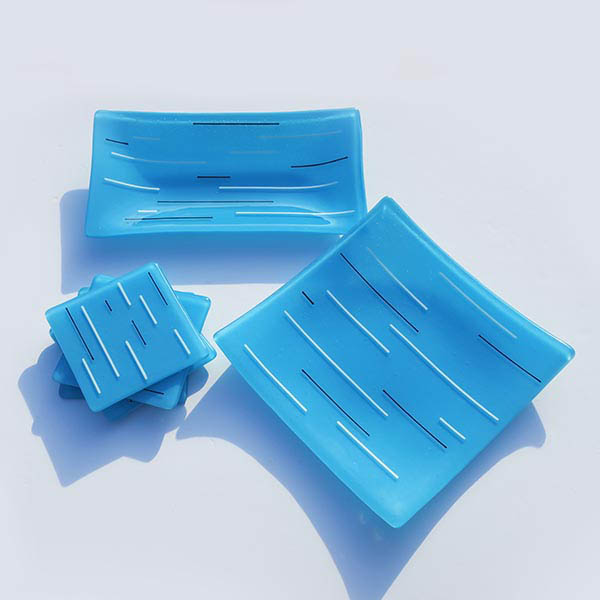 Jill Iliffe sky blue glass set