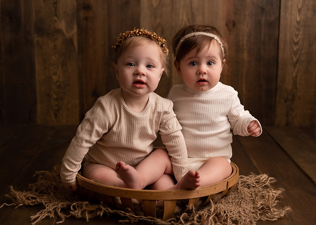 Twin sitter session