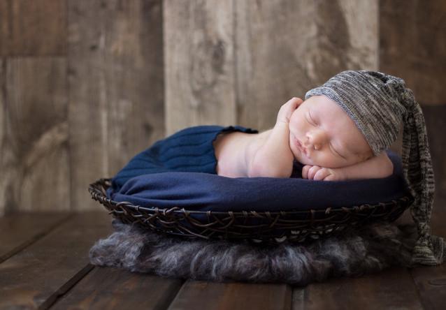 Lauren Elizabeth Photography Baby Boy Blue Newborn Photography