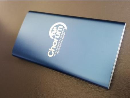 Batterie de secours en métal bonne capacité avec large zone d'impression pour un logo.