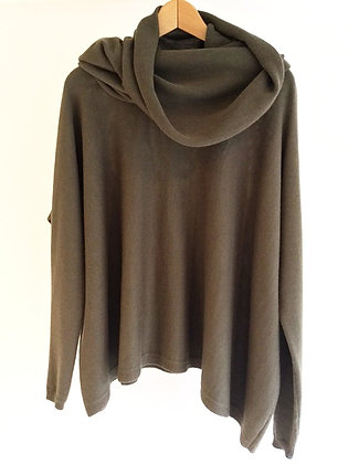 Gaba Merino Wool Jumpers with Neck Scarves